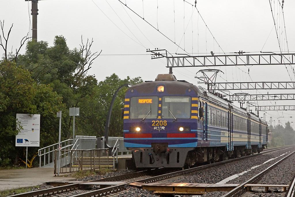 Встреча поездов ЭР12-6002 и